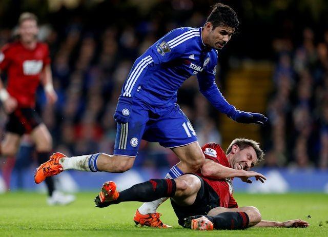 Diego rett før han slo hull i veggen i spillertunellen